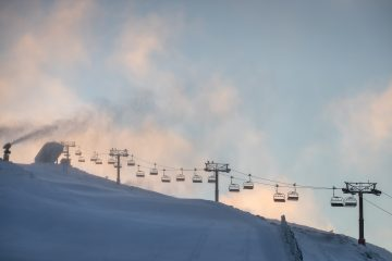 New Zealand Ski Areas Introduce Social Distancing For First Time